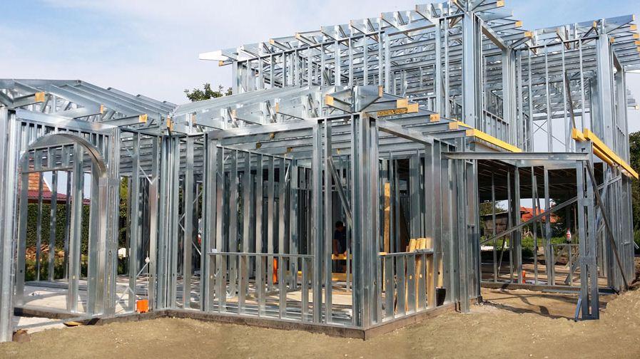Gyorsház - családiház, acél szerkezet acél ház